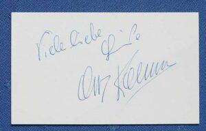 Die Unterschrift war stets begehrt und für sein zahlreiches Publikum nahm sich der sonst privat zurückgezogene Schauspieler immer gerne Zeit.