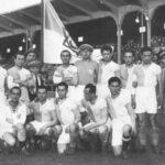 Hakoah (hebräisch: bedeutet Kraft) Wien wurde 1924/25 erster Profi-Fußballmeister in Österreich.