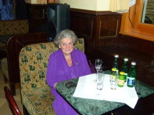 Dr. Christl Gräfin Schoenfeldt, bis 1980 Organisatorin des Opernballs. Foto: oepb
