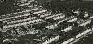 Blick auf die Hitler-Bauten im Stadtteil Neue Heimat, in der heute noch die Wohnqualität sehr hoch ist. Foto: NORDICO