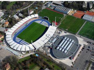 Luftbild des Linzer Stadions auf der Gugl im Jahre 2010. Foto: API/Linz