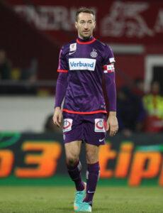 Manuel Ortlechner, Veilchen-Kapitän und Torschütze zum 1 : 0. Foto: GEPA