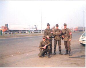 Vier Grenzschutz-Kameraden von einst. Foto: oepb