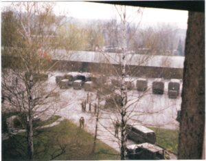 """Die Flotte in Reih und Glied am Kasernenhof """"angetreten"""" nach erfolgter Rückreise aus Nickelsdorf. Foto: oepb"""