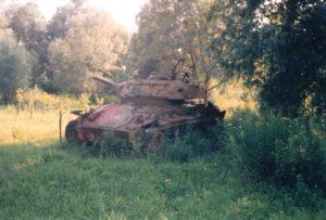 Ein alter Russenpanzer, ein Überbleibsel der Roten Armee, war im Sommer 1991 noch am Melker WÜPL zu bestaunen. Foto: oepb