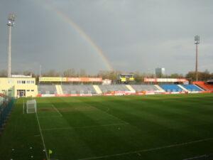 Das Bundesstadion Südstadt erwartete seine Admira/Wacker-Besucher und die Gewitterwolken samt Regenbogen verzogen sich. Foto: oepb