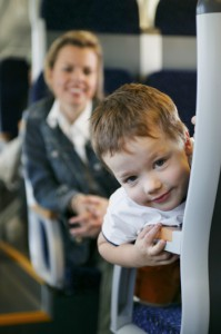Für Kinder ein Erlebnis ist nach wie vor das Reisen mit der Bahn. Foto: ÖBB/Harald Eisenberger