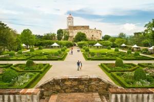 Schön wie im Märchen - so offenbart sich der historische Garten der Schallaburg seinen Besuchern. Foto: Rita Newman