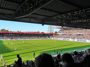 Generali-Arena-Impression knapp vor der Halbzeit. Foto: oepb