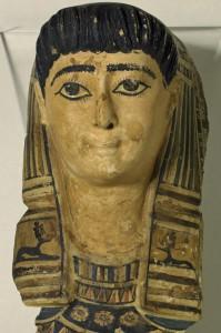 Kindermaske, Leinenkartonage um 120 n. Chr. Foto: Österr. Nationalbibliothek