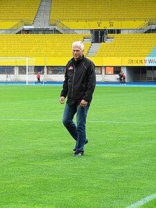 """Wo er ist, dort hält der Erfolg Einzug - trotz der gestrigen Final-Niederlage. Anton """"Toni"""" Polster. Foto: oepb"""