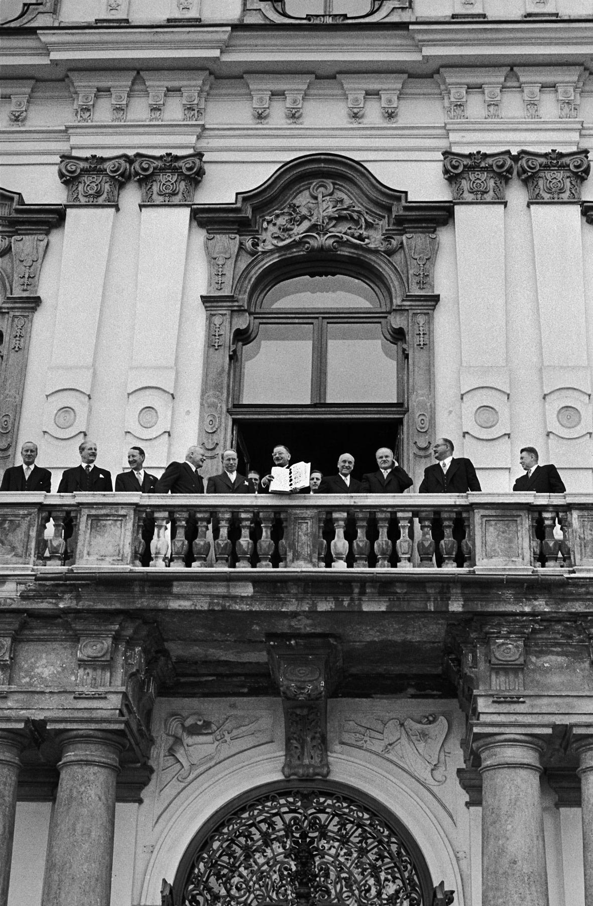 Erich Lessing Verschenkt Fotografisches Lebenswerk