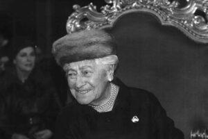 Porträtfoto der Schauspielerin Rosa Albach Retty bei der Feier zu ihrem 100. Geburtstag im Burgtheater