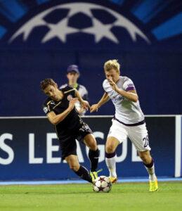 Daniel Royer (rechts) wirbelte mehrmals die Dinamos durcheinander. Foto: GEPA