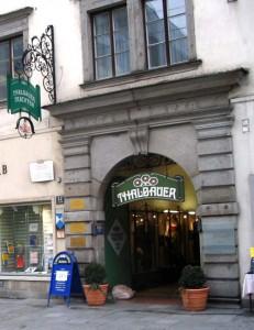 Thalbauer hat in OÖ zwei Adressen: Linz, Landstrasse 22 und Wels, Schmidtgasse 1. Foto: Thalbauer Trachten