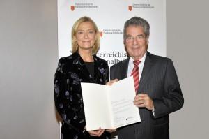 Bundespräsident Fischer übernimmt 7.000ste Buchpatenschaft der Österreichischen Nationalbibliothek