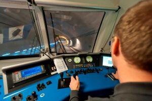 Im Unterinntal, als auch im Tullnerfeld sind die ÖBB-Fahrgäste mit Europas modernster Zugsicherungstechnologie unterwegs. Foto: ÖBB