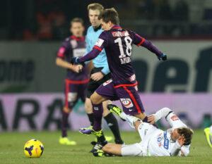 Der 19jährige Thomas Murg (Nr. 18) lieferte gestern Abend erneut eine große Talentprobe ab. Dieser junge Spieler kann der Austria noch sehr viel Freude bereiten. Foto: GEPA