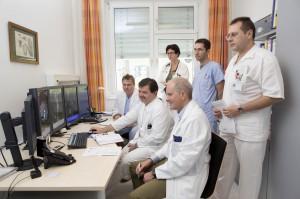 Angioboard: Fachspezialisten besprechen gemeinsam die beste Therapie. Foto: vinzengruppe.at