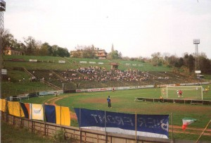 Blick in die Arena. 800 Besucher kamen am 27. April 1996 ... Foto: oepb