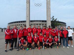 Der Besuch des Olympiastadions zu Berlin hinterließ bei den jungen Wienern einen bleibenden Eindruck. Die 5 Ringe erinnern an die Olympischen Sommer-Spiele von 1936. Foto: WFV