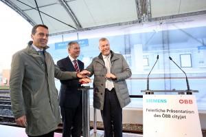 Cityjet-Präsentation v.l.: ÖBB-Vorstand Mag. Christian Kern, BMVIT-Minister  Alois Stöger und Dr. Jochen Eickholt, Mobility-Chief Siemens AG. Foto: ÖBB