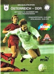 Cover - mit Teamspieler Andreas Ogris - des offiziellen Matchprogramms des ÖFB an jenem Tag. Sammlung: oepb