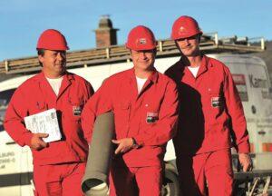 Die roten Ahrens-Männer stehen total auf Kamine. Foto: Ahrens
