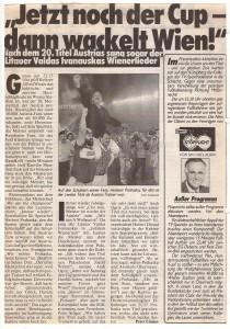 Die Austria wird vor 40.000 Zuschauern im Juni 1992 Österreichischer Fußballmeister. Wudle jubelt mit Coach Herbert Prohaska.