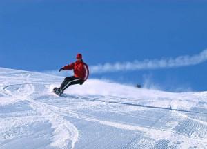 Die Postalm bietet Wintersportvergnügen in allen Facetten, in idyllischer Umgebung hoch über dem Wolfgangsee. Foto: Wolfgang Stadler/WTG
