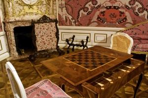 Spieltisch. Foto: Fritz Simak, Schloss Hof