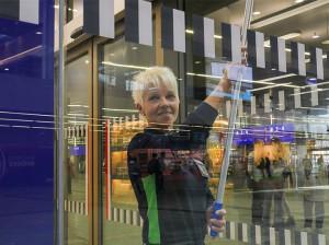 ... im Innenbereich der Bahnhöfe - die ÖBB putzt, im zügigen Dienste ihrer Kunden. Foto: ÖBB