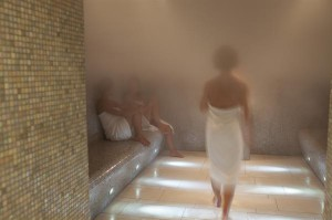 Sauna Stein Damen Dampfbad. Foto: Cathrine Stukhard / Therme Wien