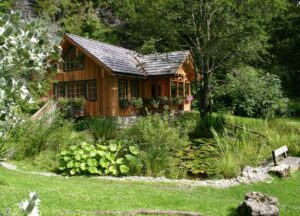 Das Naturerlebniszentrum Alpengarten Bad Aussee ist ein Refugium für eine Vielzahl an Pflanzen aus aller Welt. Foto: www.neza.at
