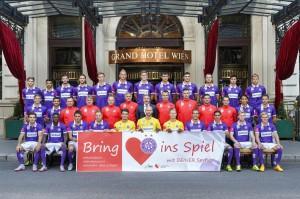 """Der FK Austria Wien der Spielzeit 2015/16 zum Thema """"Herz & Sport"""". Foto: www.fk-austria.at"""
