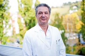 Prim. Doz. Dr. Wolf Müllbacher, Vorstand der Abteilung für Neurologie im Krankenhaus Göttlicher Heiland. Foto: khgh.at