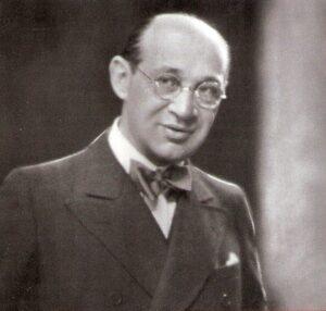 Fritz Grünbaum am Zenit seines Schaffens, so, wie er stets vor sein Publikum trat. Foto: Preiser Records, CD Vierweierbei (innen).