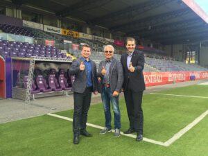 Von links: Conny Wilczynski (Manager Westwien), Thomas Hruschka (ÖkoBusinessPlan Stadt Wien) und Markus Kraetschmer (AG-Vorstand FK Austria Wien). Foto: FAK