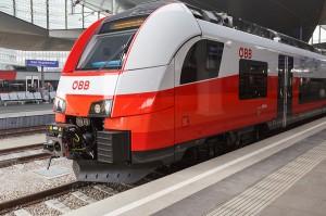 ... treten die neuen ÖBB Cityjet-Garnituren fahrplanmäßig am 13. Dezember ihren Dienst an. Beide Fotos: Siemens/David Pan