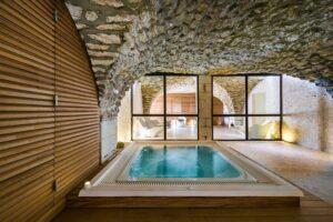 Auch der Regenerations- und Spa-Bereich lässt keine Wünsche offen. Foto: Hotel Moulin de Vernègues
