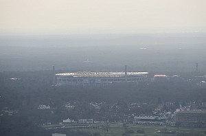 Blick auf die heutige Commerzbank-Arena. Foto: oepb