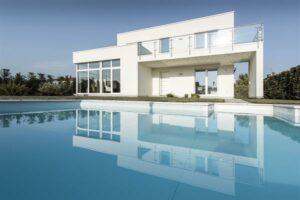 Das neueste Haus von GRIFFNER sorgt dafür, dass mediterranes Flair ...