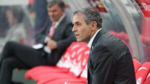Teamchef Marcel Koller beruhigte und wird für die Seinen die richtigen Schlüsse bis zum Ungarn-Spiel aus der Holland-Niederlage ziehen. Foto: GEPA