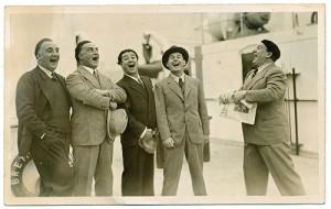 Fotograf unbekannt: V.l.: Max Lorenz, Rudolf Laubenthal, Armand Tokatyan, Jan Kiepura und Richard Tauber im Jahre 1931. NORDICO Stadtmuseum Linz