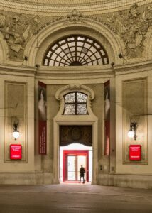Das Eingangs-Portal in die Wiener Hofburg. Foto: SKB