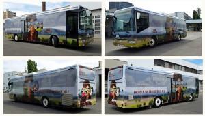Blick auf eine Busbranding-Collage. Foto: SKB - XL Design