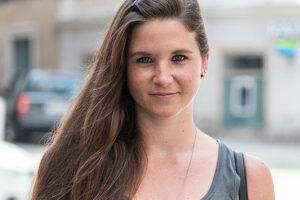 Barbara Köglberger studiert in Steyr und liebt die Mischung aus Unterhaltung, Kultur und Natur in der beliebten Studentenstadt. Foto: Johanna Auer