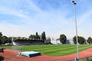 Der Sportplatz des FC Stadlau trägt noch altes Flair in sich. Neben Fußball kann man dort auch der Leichtathletik frönen. Foto: oepb