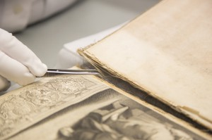 Durch die Crowdfunding-Aktion hat die Österreichische Nationalbibliothek das Ziel, 15.500 Euro für die Restaurierung dieses wertvollen Dokuments zu sammeln. Foto: Österreichische Nationalbibliothek / Jürgen Hammerschmid
