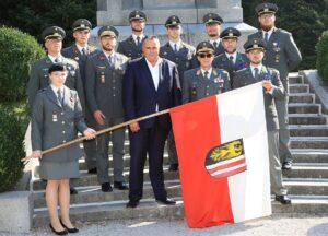 Bereit für den Dienst um die Republik Österreich! Die Offiziere aus dem Bundesland Oberösterreich. Foto: Bundesheer/Vzlt Seeger